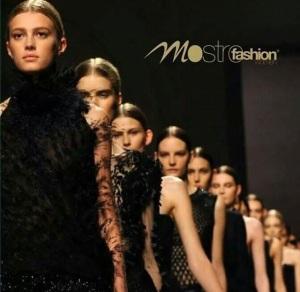 mostro fashion show