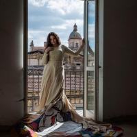 """""""Connubio arte e moda"""": mostra di Francesco Anastasi a Castello a mare"""